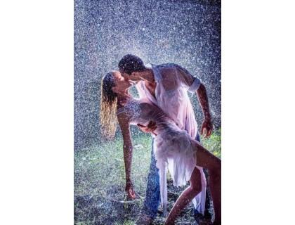 Купить Набор алмазной вышивки Любовь под дождем 30 х 45 см (арт. FS266)