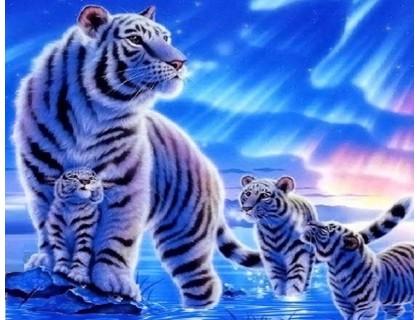 Купить Алмазная вышивка 30 х 40 см на подрамнике Тигрица с детьми (арт. TN472)