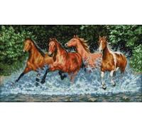 Вышивка крестиком Дикие лошади 60х36 см (арт. MK022)